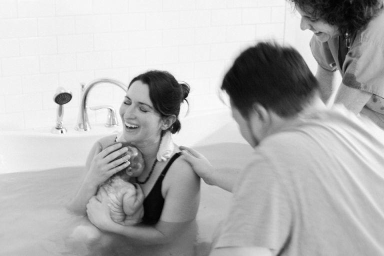 Accompagnement de grossesse par une sage-femme ou une doula